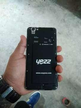 Vendo celular marca yess