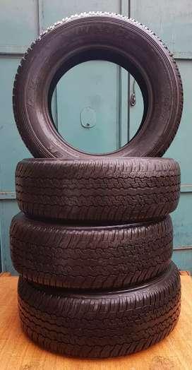 Llantas Dunlop 265/60R-18