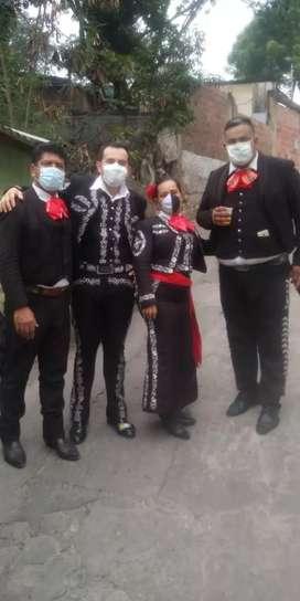 Eliana y su mariachi