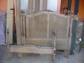 Cama Antigua Estilo Luis XVI