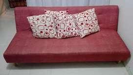 Se vende hermoso sofá cama