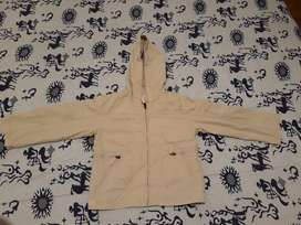 Campera marca Cheeky Talle 4