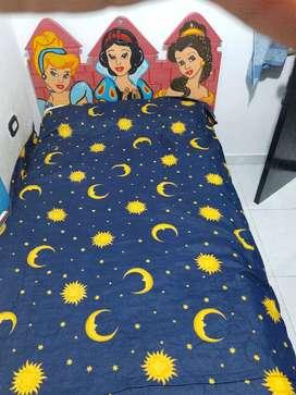 Vendo cama para niña