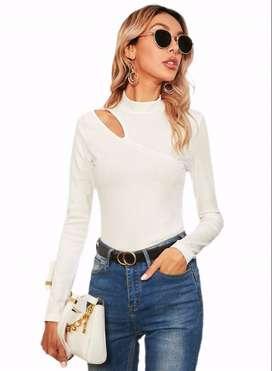 Blusa Blanca de canalé con abertura Con Envio Gratuito