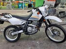 VENDO MOTO DR650