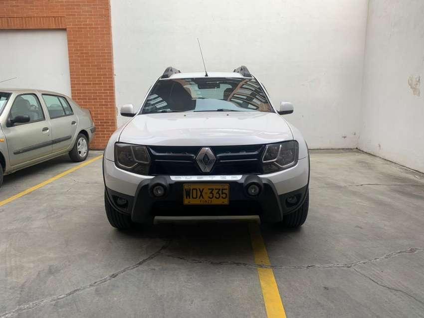 Camioneta Renault Duster Expression 1.600cc 4X2 como Nueva