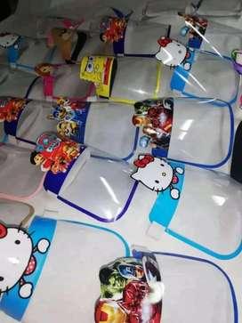 Se venden caretas para niñ@s y adultos