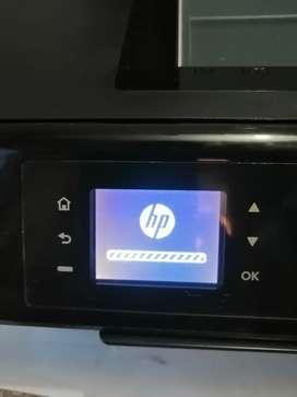 Impresora y scanner HP DESKJET 3545