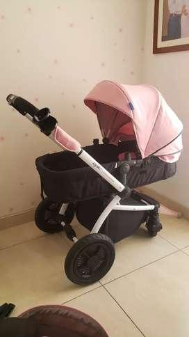 Coche y silla para auto nuevo para bebe