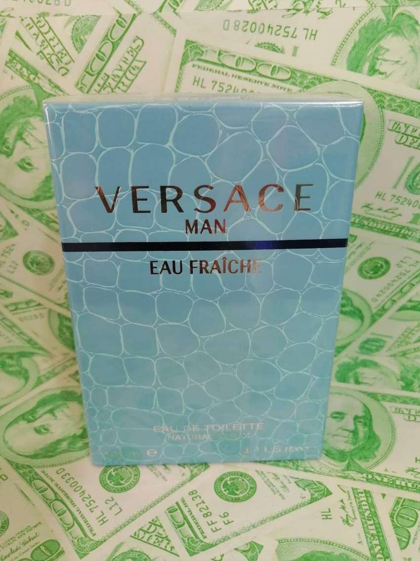 Perfume versace man 0