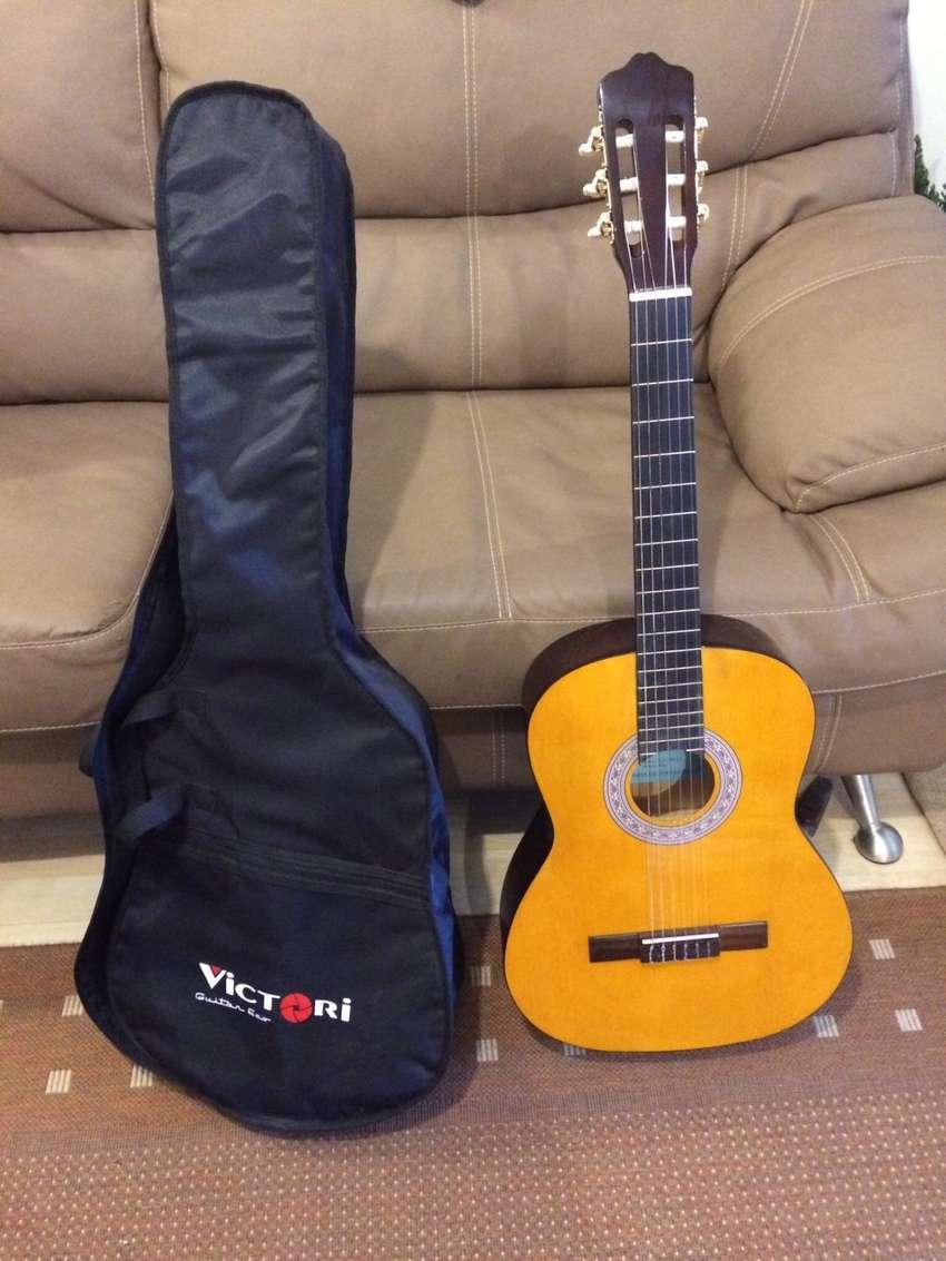 Guitarra Taurus Nueva 0