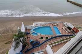 Oferta de Alquiler - Departamento Amoblado Frente Al Mar de 3 Habitaciones