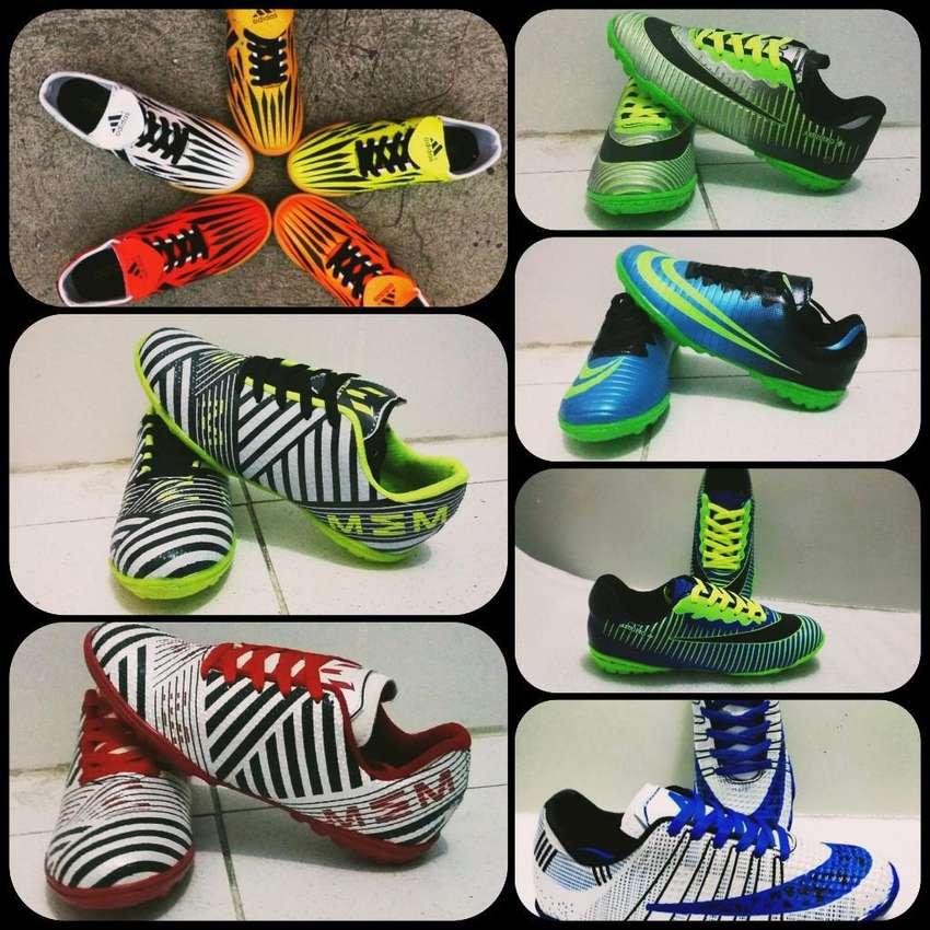 Zapatillas Futbol para Hombre 0
