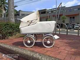 Coche bebé antiguo años 30