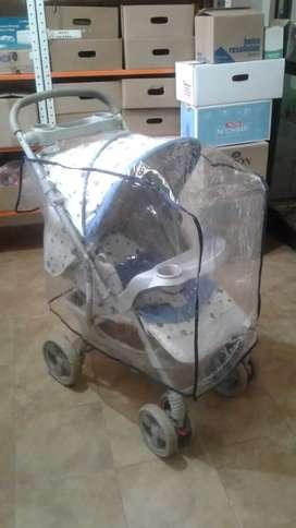 Se vende coche para bebé