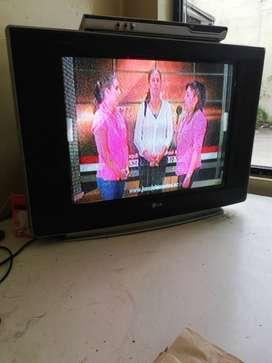 """Televisor Lg 32 """" no pantalla plana"""