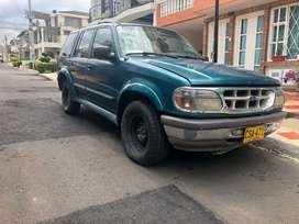 VENDO FORD EXPLORER 1997