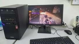 PC RAYZEN 5 3400G MEMORIA DDR4 DE 8 GIGAS TARJETA GRÁFICA DE VIDEO VEGA 11 DE 2 GIGAS PANTALLA LED LG 20 PULGADAS