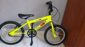 Vendo bicicleta para niño, perfecto estado, casi nueva