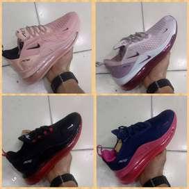Zapatillas Nike AirMax 720 mujer 4 colores nueva