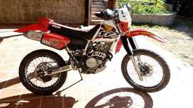 Vendo Honda XR 250 japon