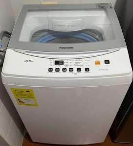 Se vende lavadora marca Panasonic 10.5 KG en excelente estado