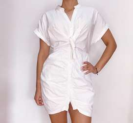 Bluson blanco, con tela de calidad