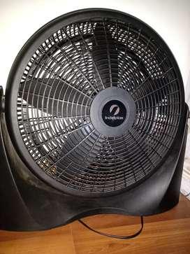 Ventilador turbo dos meses de uso, impecable vendo por mudanza