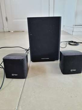 Vendo Parlantes Thonet And Vander