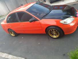 Se vende honda civic. 2005.