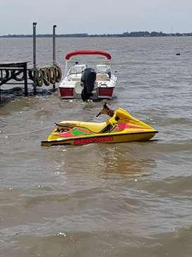Moto de agua sea doo 800  cc 110 hp