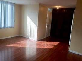 En Renta departamento vacio 2 dormitorios - Quicentro norte