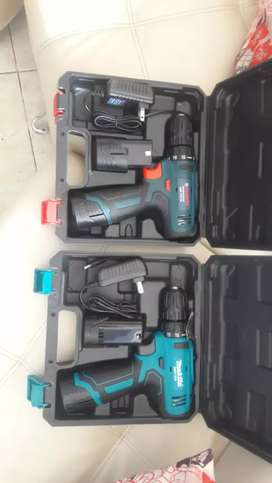 Taladros inalambricos de 12 v con dos baterias cargador