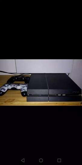 Play station 4, 2 joystick, GTA V y FIFA 20 excelente estado