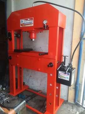 Se vende prensa hidráulica de 30 a 200tn 97#0875645