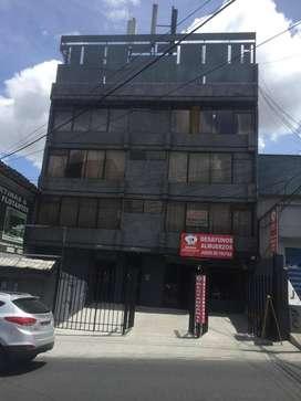 LOCAL COMERCIAL DE VENTA EN EL CENTRO NORTE DE QUITO, AV 10 DE AGOSTO