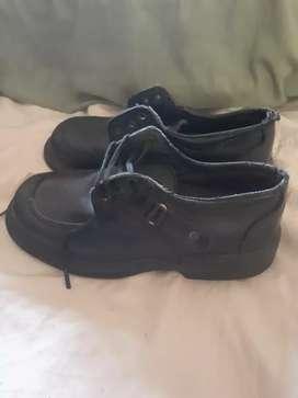 Zapatos Escolares talle 34 negros