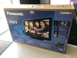 Tv Panasonic Viera 42  En Perfecto Estado! En Caja Original!