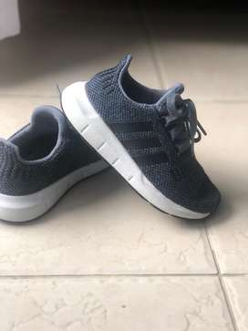 Adidas niño Originales Swif Run