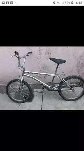 Vendo o permuto bici por moto