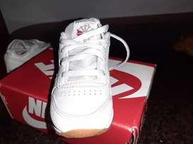 Vendo zapatillas rebook original