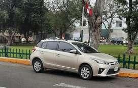 Toyota yaris modelo hatchaback