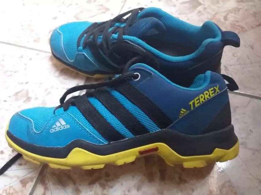 Zapatillas adidas originales 0