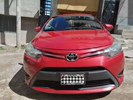 Se vende Toyota Yaris 2014 full equipo