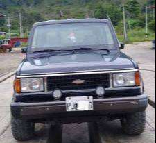 Vendo Chevrolet Trooper 2300