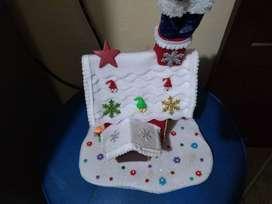 Casa y cortineros navideños