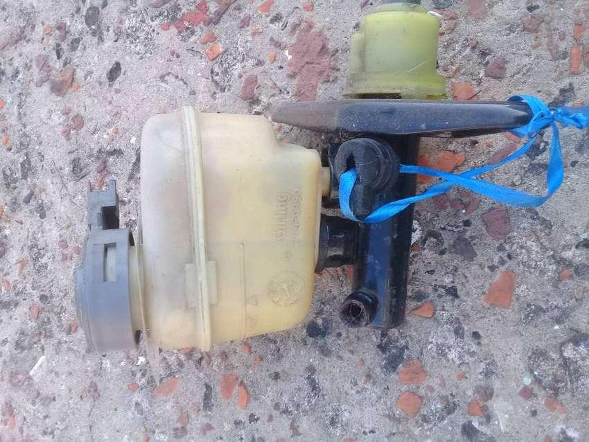 BOMBA DE FRENO ROVER216 A REPARAR 0