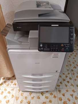 Fotocopiadora  Ricoh color