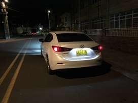 Vendo Mazda 3 Modelo 2015