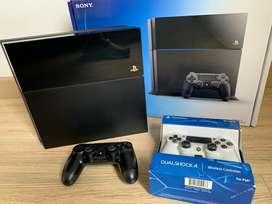 Playstation 4 500 GB + 2 controles como nuevo